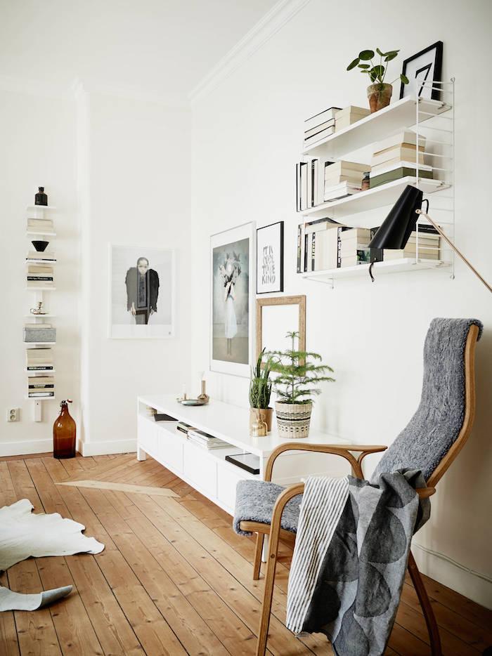 2-gallery-wall-emma-hos