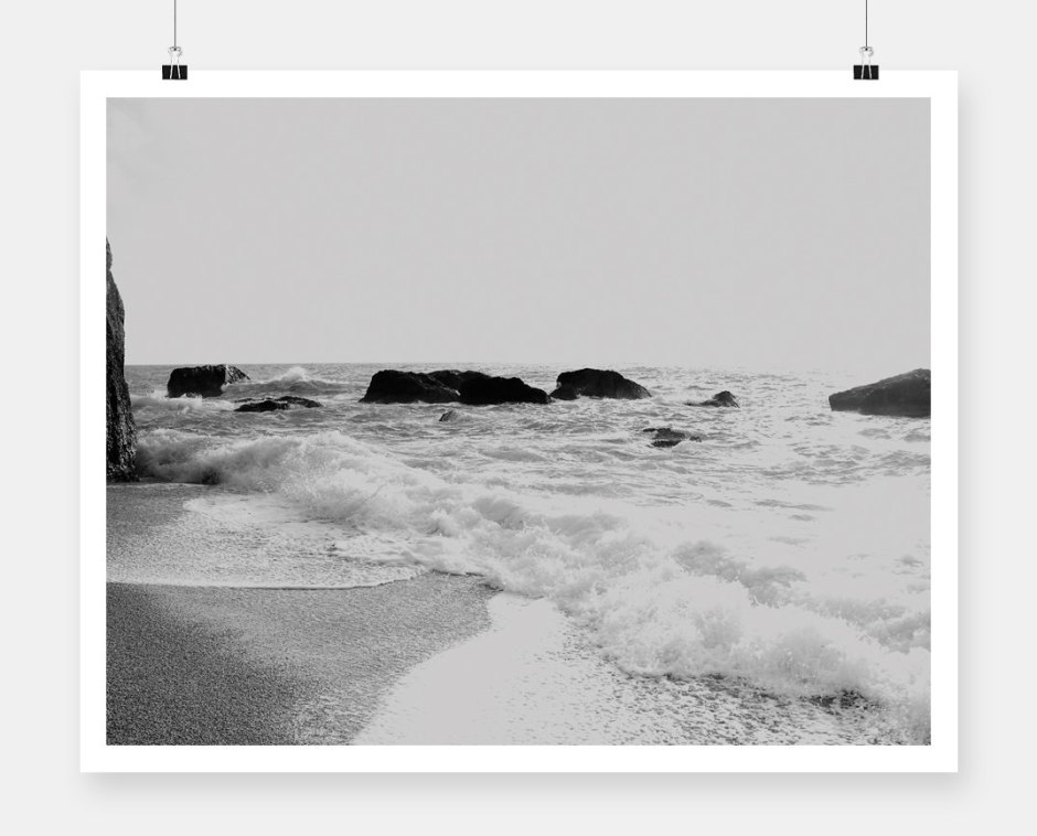 b&w seascape