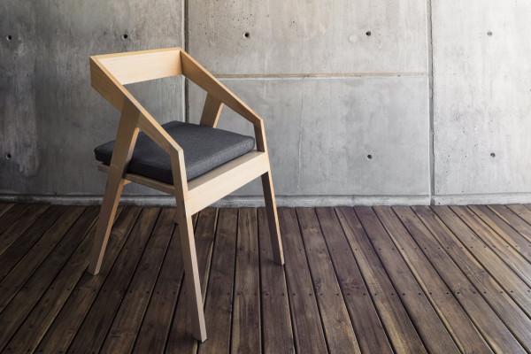 Cyntia-Briano-4-Briano-Chair-600x400