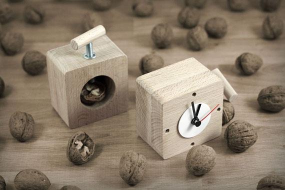 Wooden-clock-1