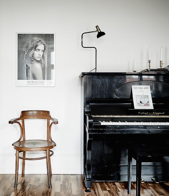 piano-wood-floor-photo-jonas-berg
