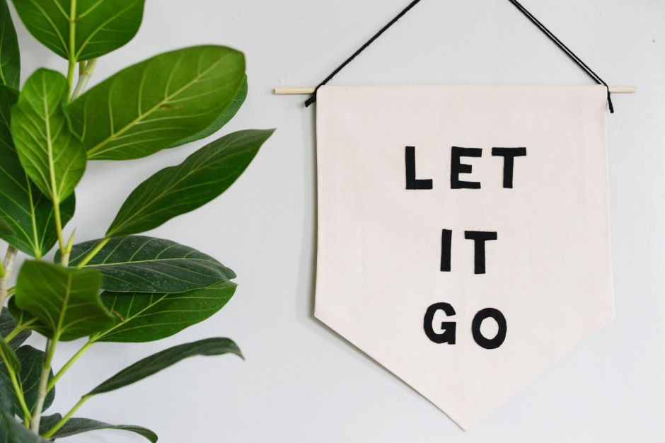 Let-it-Go-Banner-simple-design