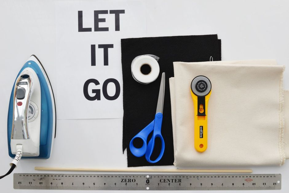 Materials-to-create-a-LET-IT-Go-banner