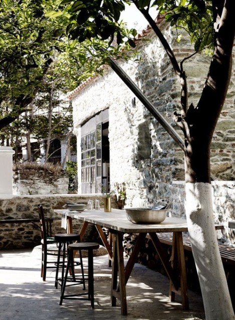 blacksmiths-house-in-lesvos-1-500x681