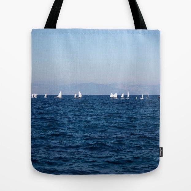 minimal-blue-mediterranean-sea-bags