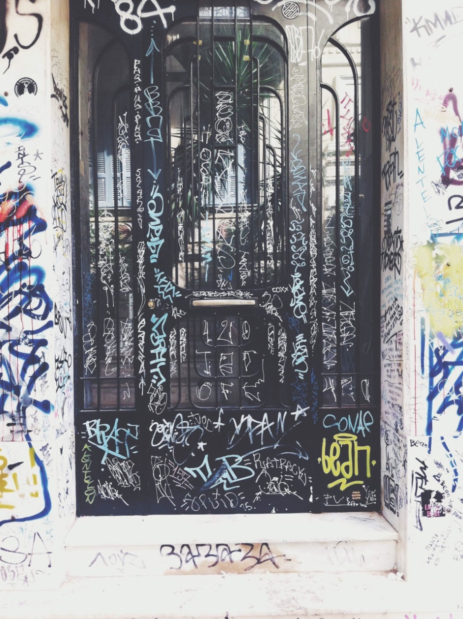 street-art-door-2